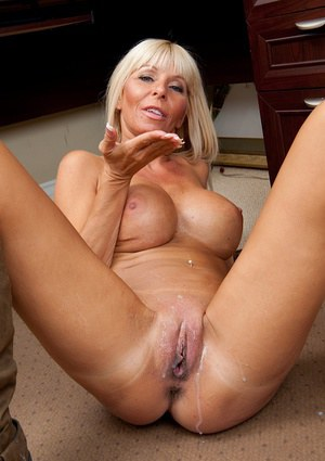 Images of Bald Pussy Granny - Amateur Adult Gallery